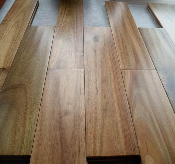 Acacia Hardwood Flooring: Prefinished Natural Asian Walnut (Acacia)Solid Hardwood