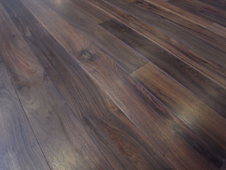 Solid wood balck walnut flooring 18mm ab grade black for Walnut hardwood flooring